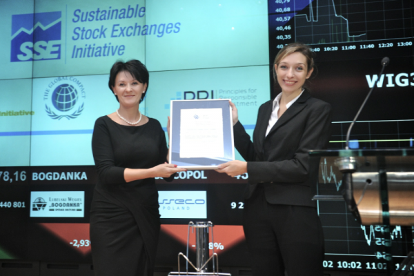 WSE signs the Sustainable Stock Exchanges Voluntary Commitment Letter