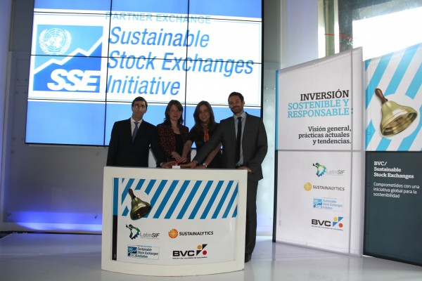 """BVC convened various partners to celebrate its announcement. Left to Right: Juan Pablo Córdoba, President of BVC; Andrea Pradilla, Director Focal Point Colombia of the Global Reporting Initiative; Anna Van Zoest, Chief Secretary for Economic Affairs of the Dutch Embassy in Colombia; Alejandro Navarro, Latin America Consultant at Sustainalytics."""